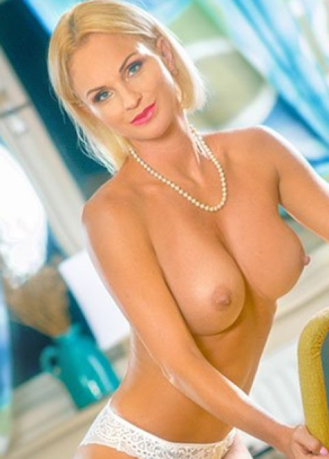 Samantha - escort in Sandyford