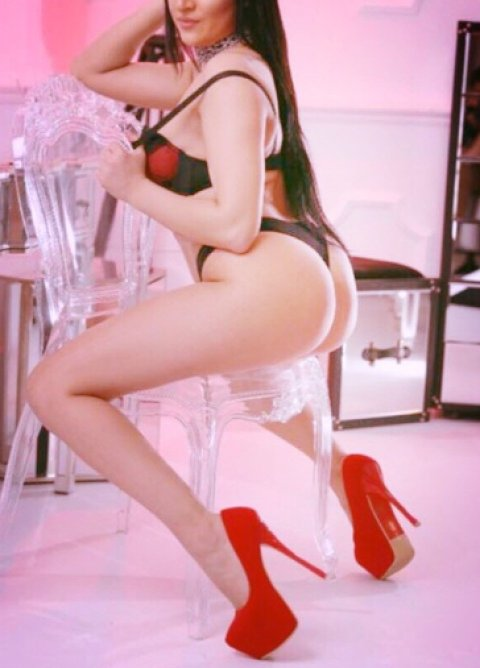 Kylie - escort in Dublin City Centre North