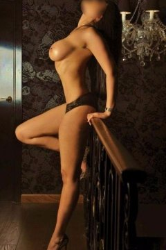 claudia (Irish Escort)