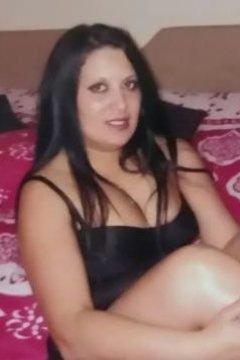 Ayda - Female in Letterkenny