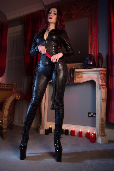 Mistress Amanda - domination in IFSC
