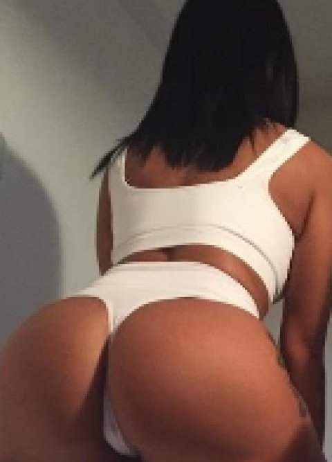 Deborah - escort in Navan