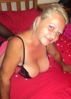 Mature Gesika - escort in Athlone
